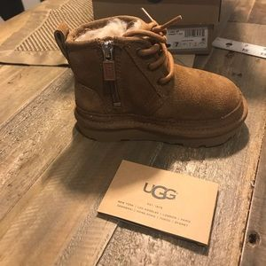 Ugg's hightop suede boots youth boys